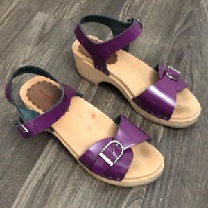 Hanna Andersson Wood Ankle Strap Sandals Purple 35